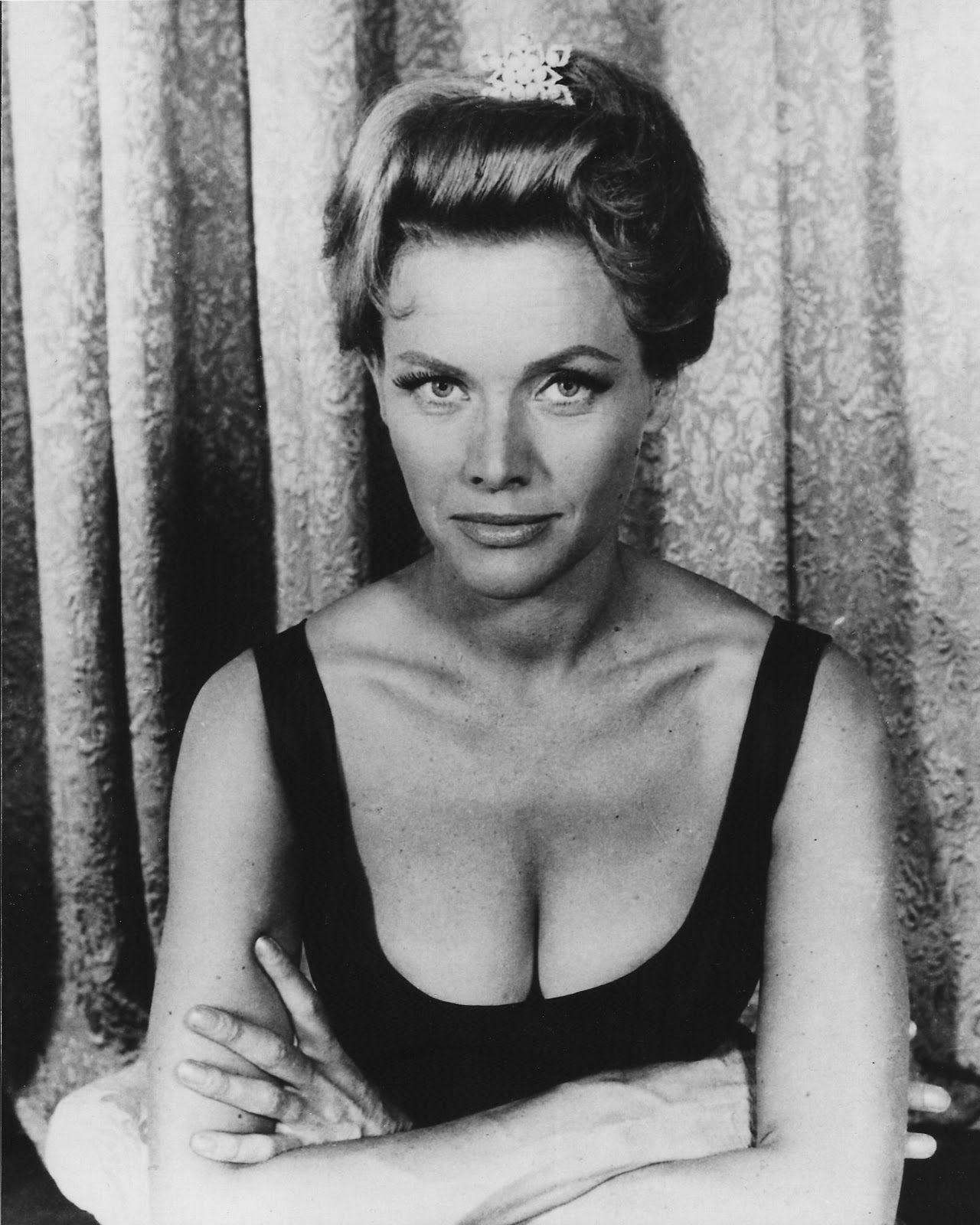 Emily Perkins,Rio Diaz (1959?004) Erotic pics & movies Lauren Storm,Margaret Court 24 Grand Slam singles titles (11 in open-era)