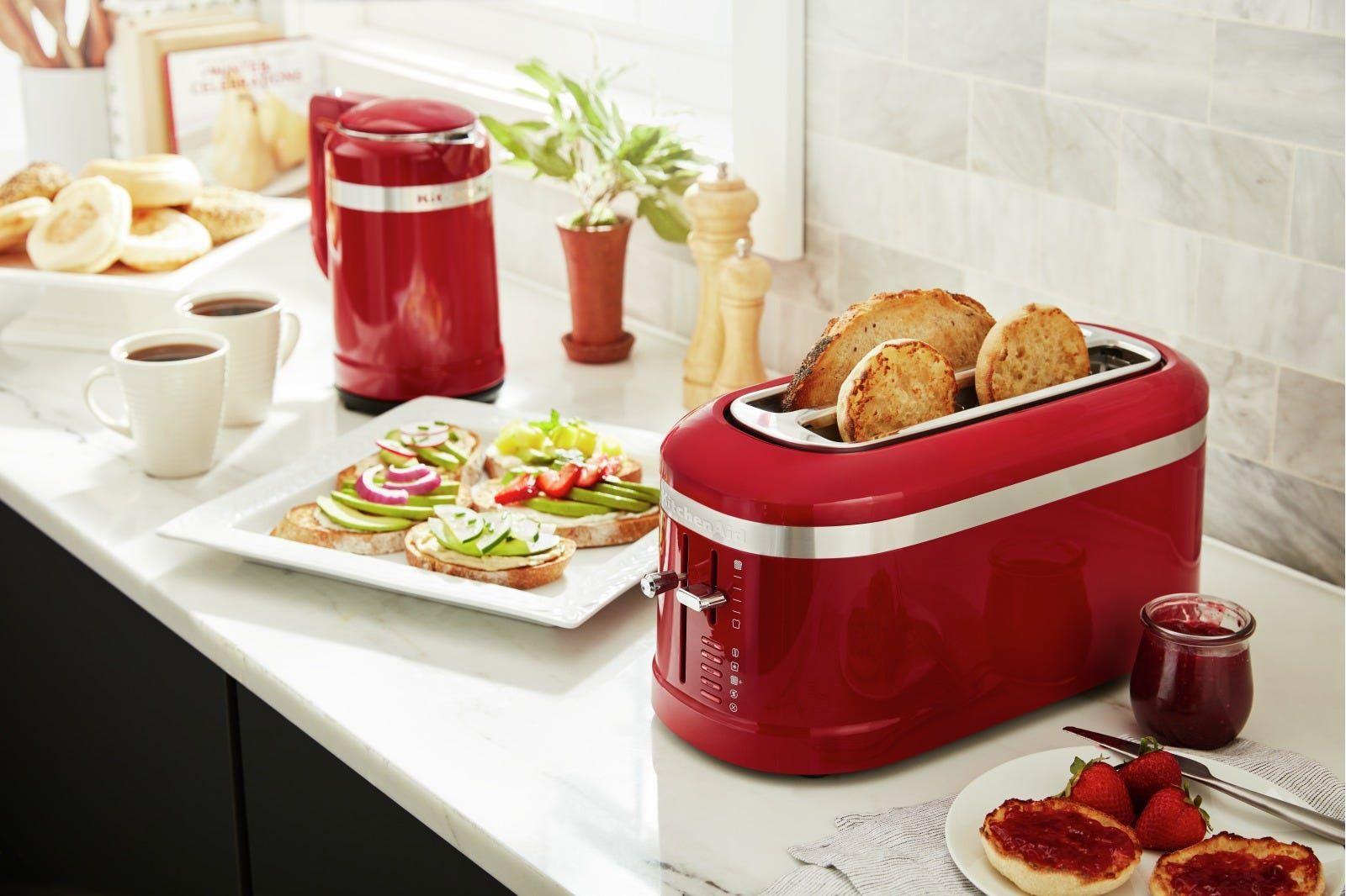Kitchenaid 4 slice long slot toaster with highlift lever