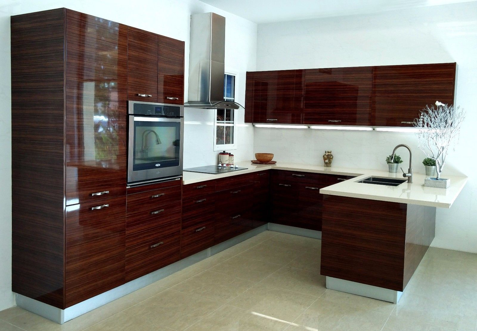 High Gloss Lacquer Acrylic Laminate Doors For Kitchen Cabinets European Style In 2020 Kitchen Cabinets European Style European Kitchen Cabinets Kitchen Cabinet Styles