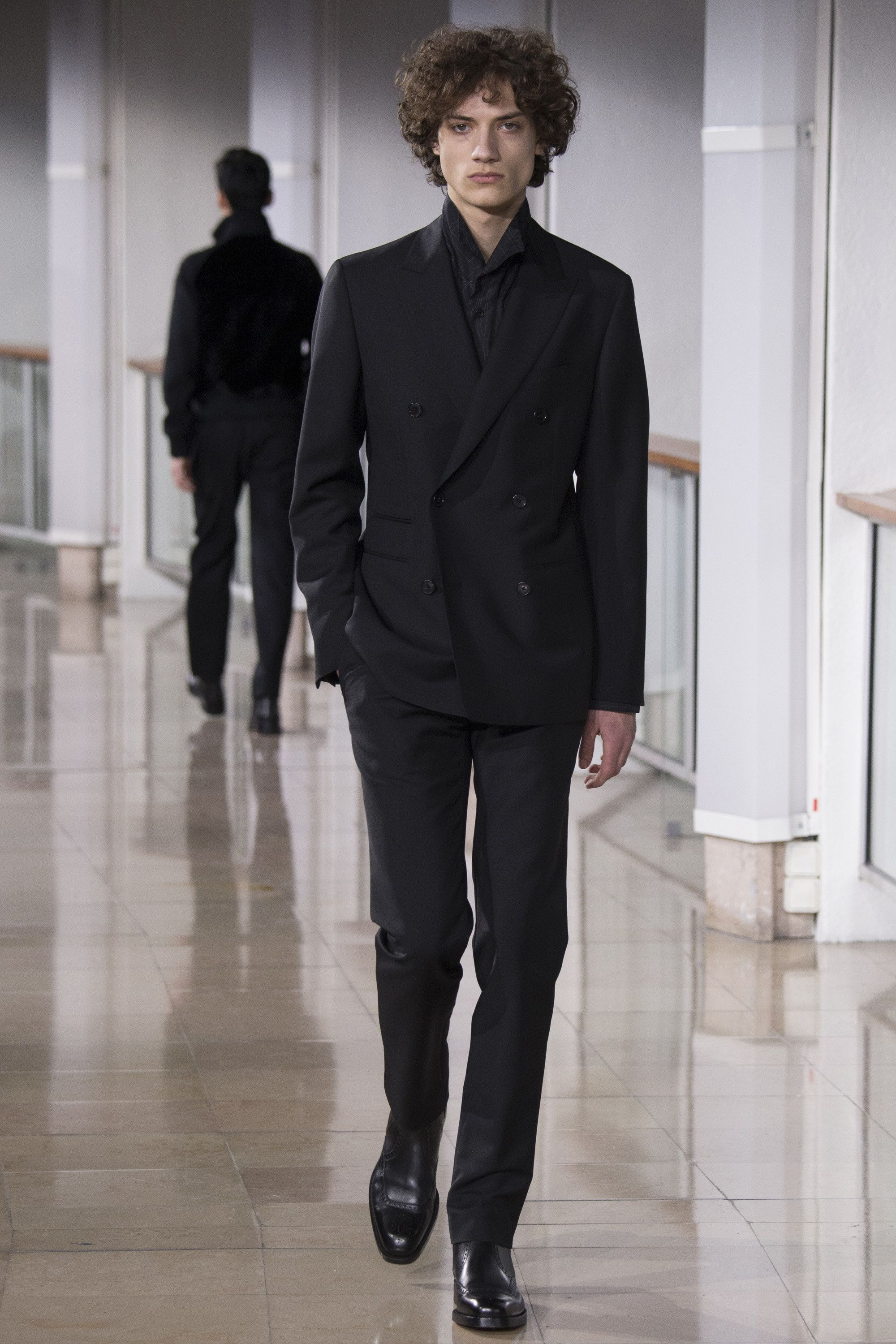 9fa1f4bf9a See the complete Hermès Fall 2016 Menswear collection. Find this Pin and  more on Men s fashion ...