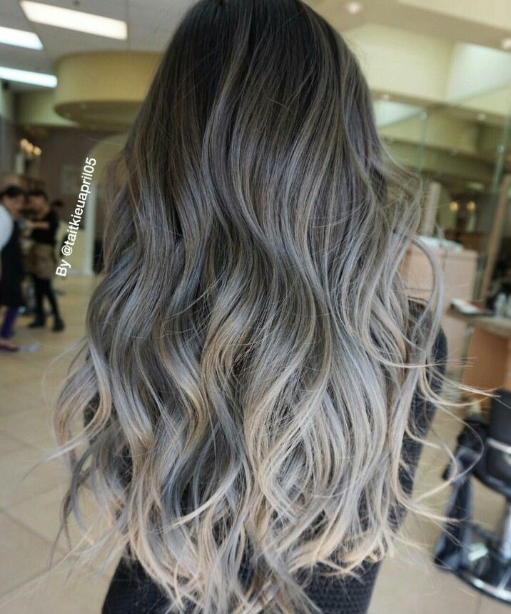 Loving The Dark To Light Grey Ombres Balayage Hair Hair Styles Ash Blonde Hair