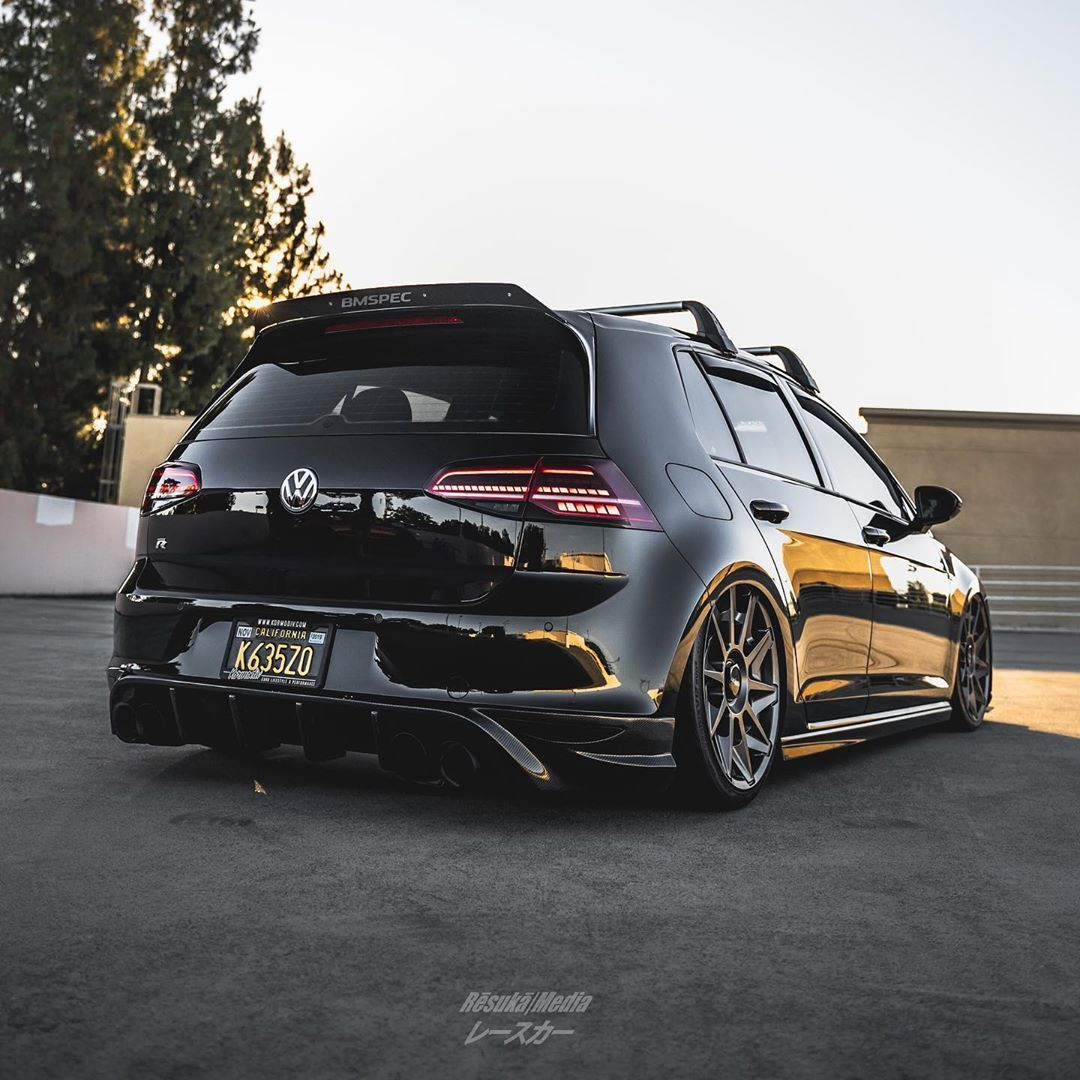 Resuka Media レースカー On Instagram Summer Heat Making It Even Hotter With Mk7 Ryu Gold R Vw Mk7golfr Mk7r A In 2020 Volkswagen Car Volkswagen Bmw E30