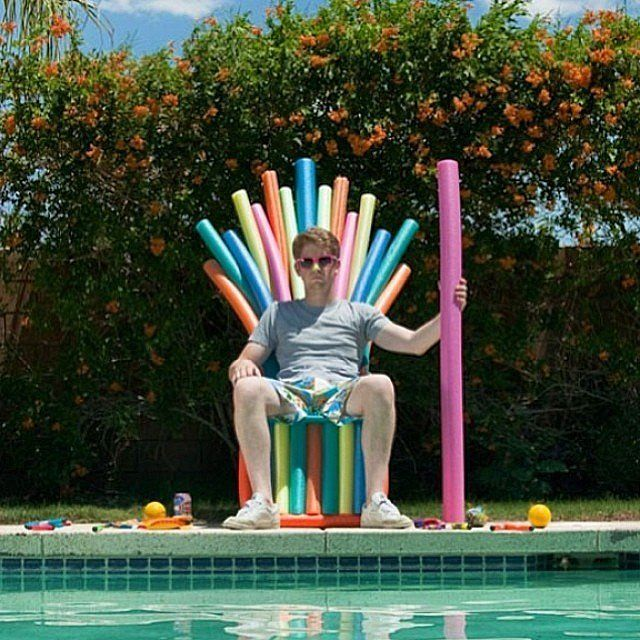 You Won T Believe All Of The Things You Can Diy With Pool Noodles Funny Pictures Humor Just
