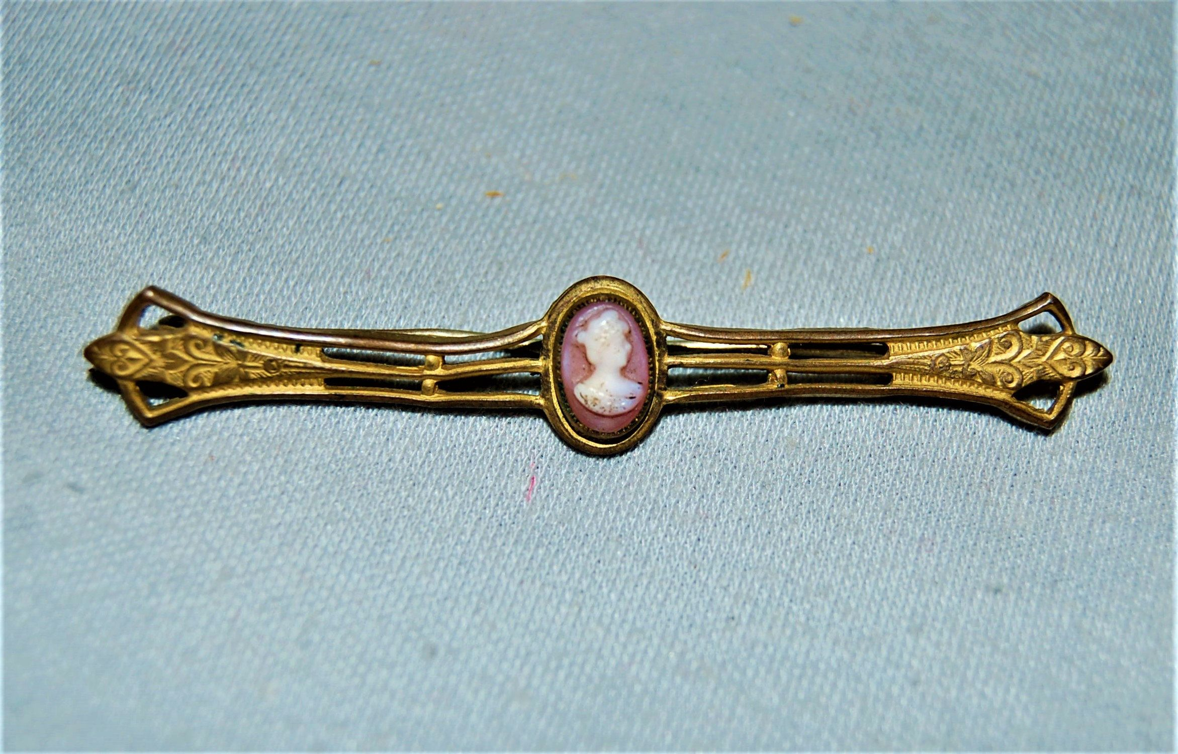 Rhinestone Bar Pin C Clasp Vintage old jewelry Victorian Antique Brooch