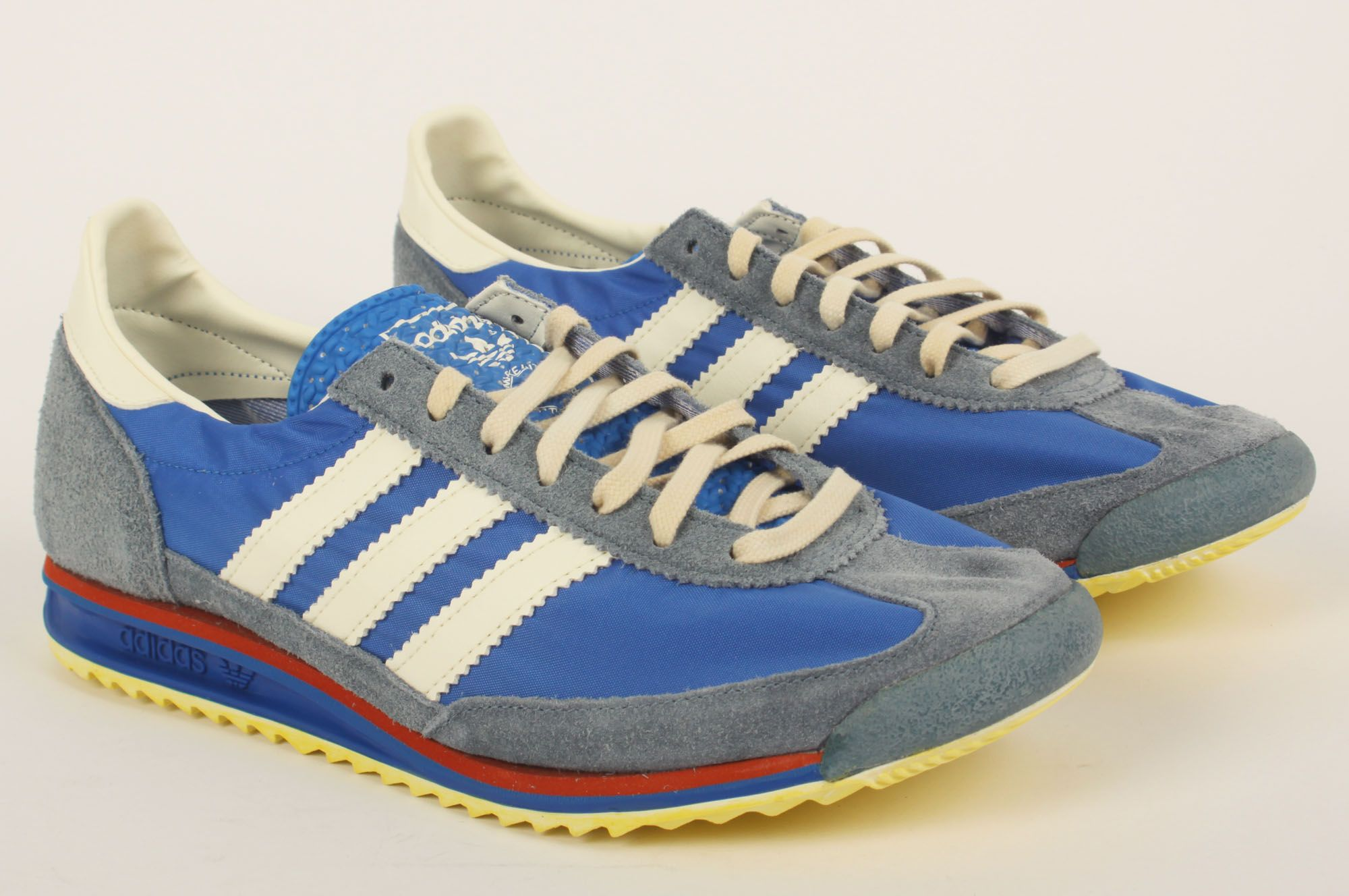 outlet store 491df bfdbe img 0014.jpg 2,000×1,328 pixels   Trainers   Pinterest   Trainers