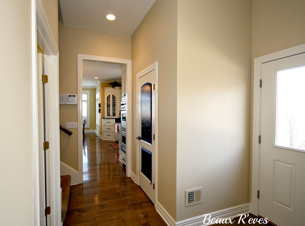 Monroe bisque benjamin moore yellow beige favorite paint colors pinterest paint colours for Living room and hallway paint colors