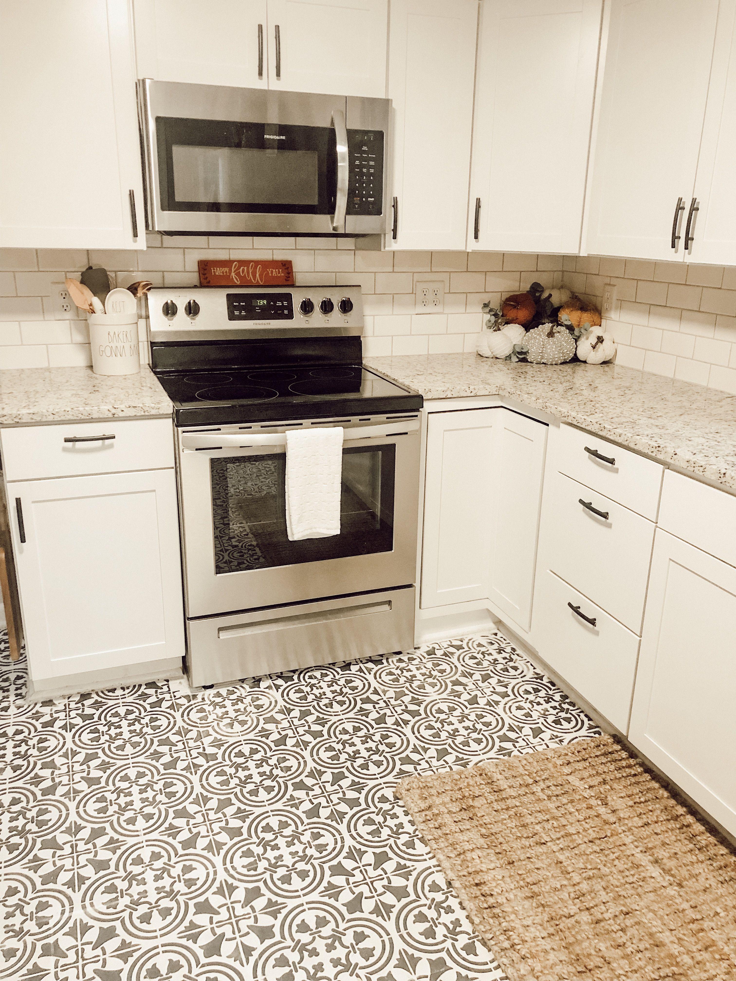Fall Kitchen Kitchen Floor Tile Patterns Patterned Kitchen Tiles Kitchen Flooring