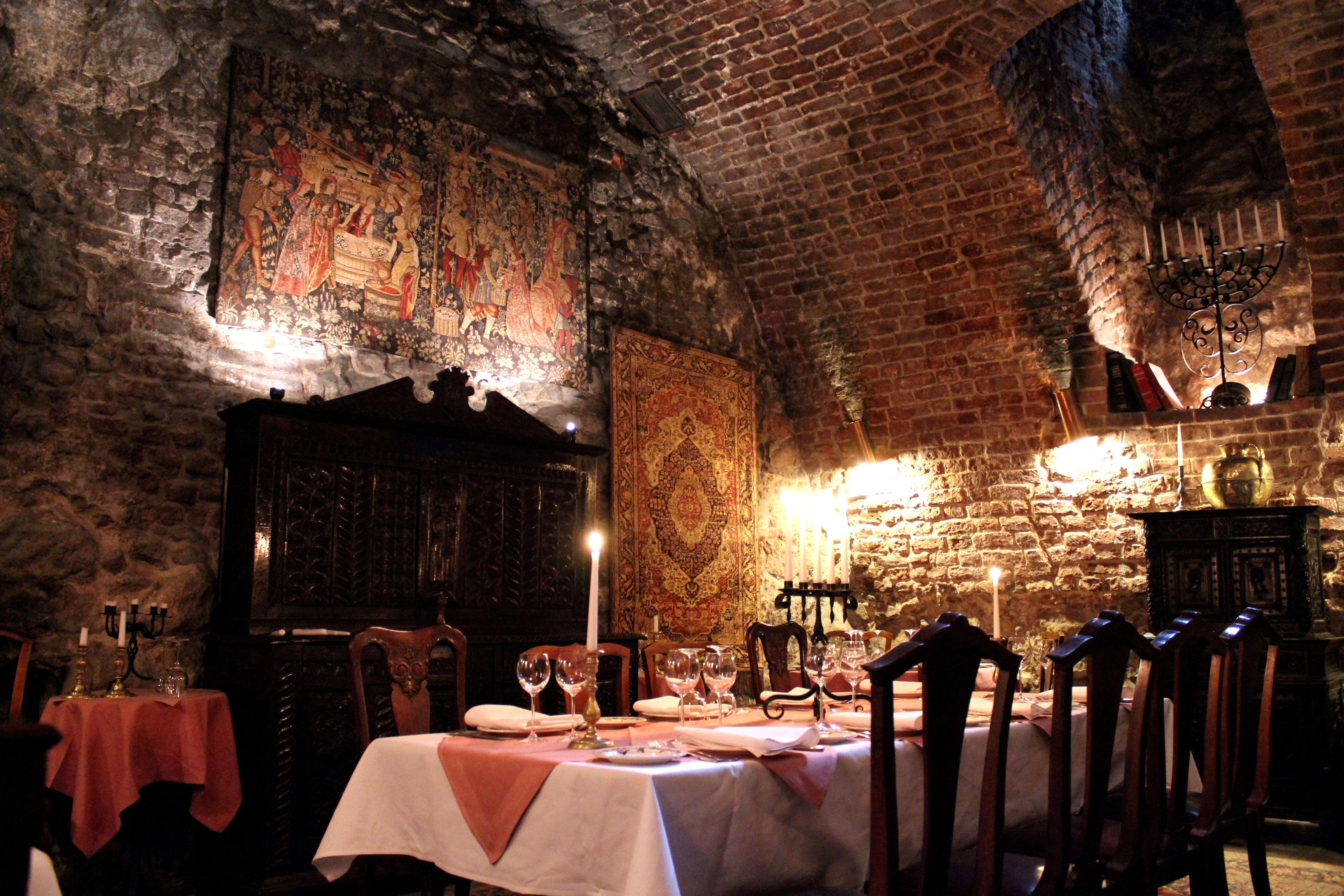 Best Underground Restaurants Prague