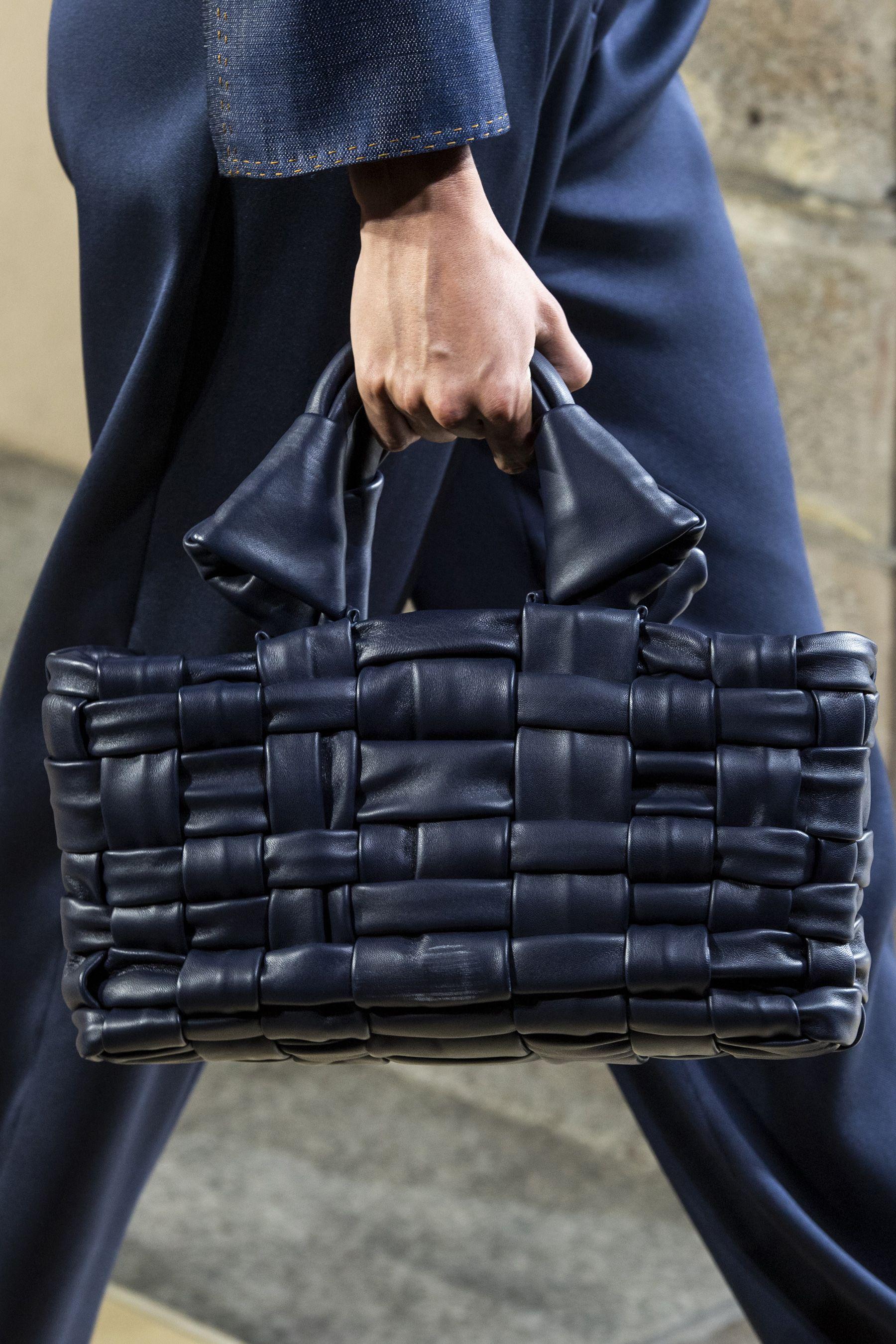 Giorgio Armani Spring 2020 Men S Fashion Show Details Fashion Handbags Fashion Bags Handmade Leather Tote Bag