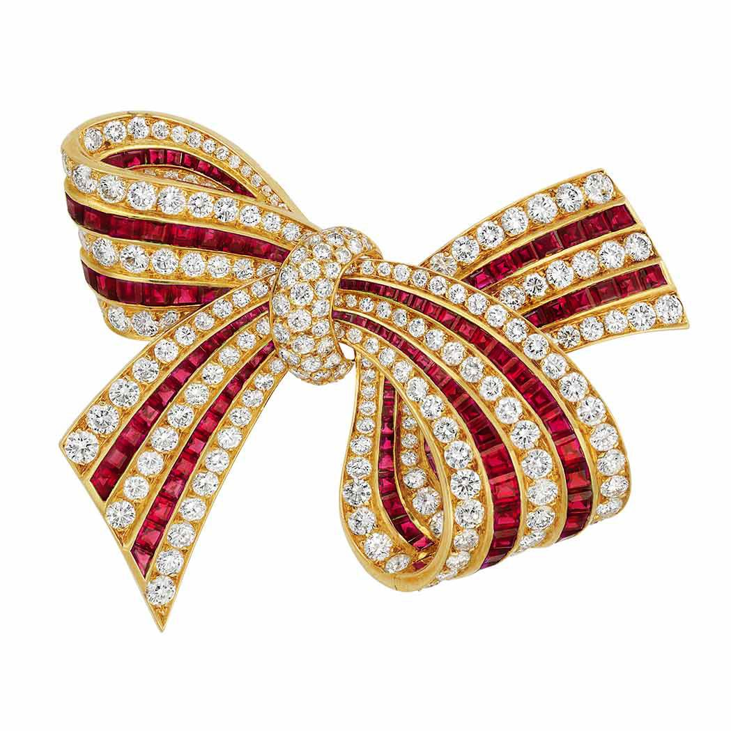 Van cleef amp arpels vca 18k yellow gold ruby cabochon amp diamond - Doyle New York Gold Diamond And Ruby Bow Clip Brooch Van Cleef Arpels France