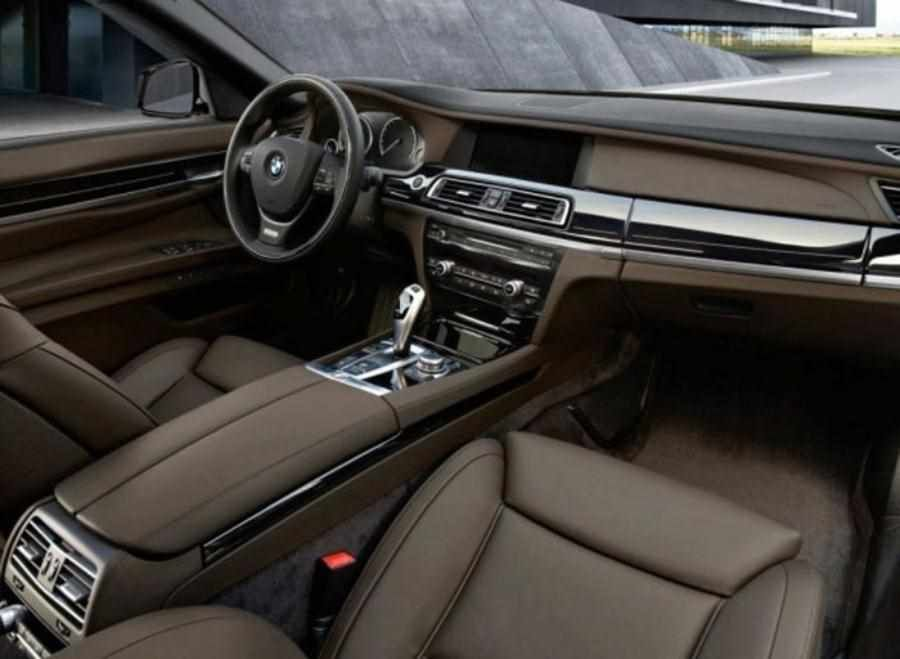 Bmw 7 Series In 2019 2020 With Images Bmw New Cars Bmw 7 Series