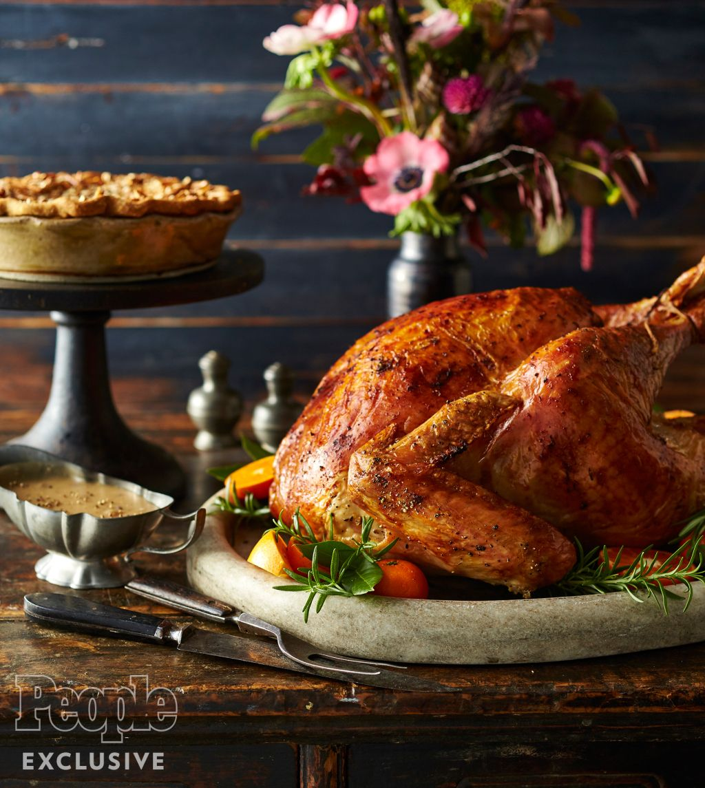 Photo of Get Ree Drummond's Foolproof Method for a Perfect Turkey Every Time
