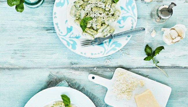 Pinaattignocchit ja sinihomejuustokastike - K-ruoka