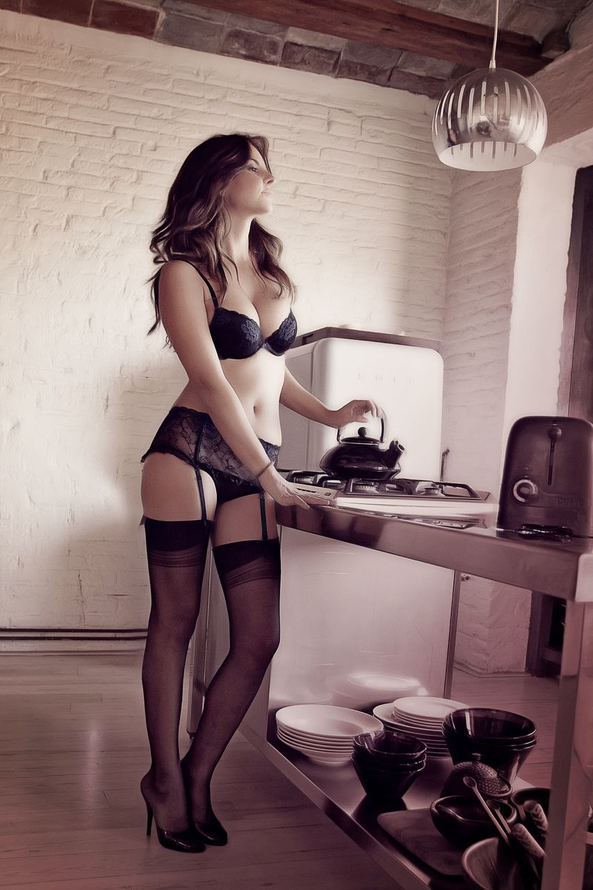 Housework lingerie, picture of people having hardcore sex