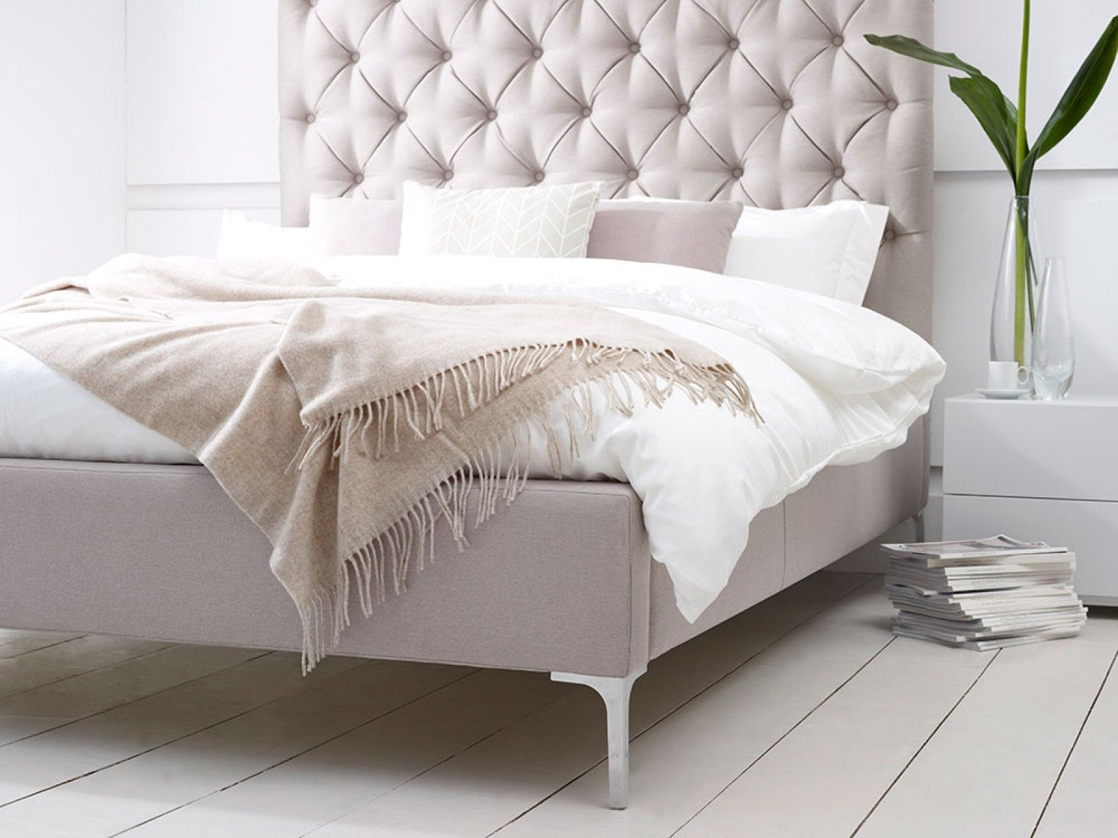 Bed headboard upholstered - Add A Touch Of Luxury To Your Master Bedroom With The Elise Tall Deep Buttoned Headboard