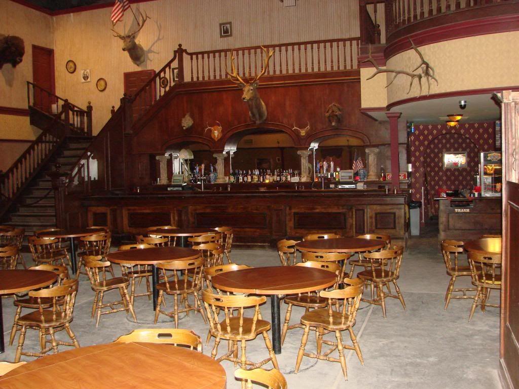 Ideas For An Old Fashion Saloon Bar Old Western Bar