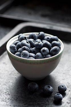 blueberries (Laura Eddolls)