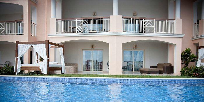 Exclusive Swim Up Suite Majestic Elegance Punta Cana Dominican Republic Www Lydiastravelerservices Com Majestic Elegance Punta Cana Elegant Hotel