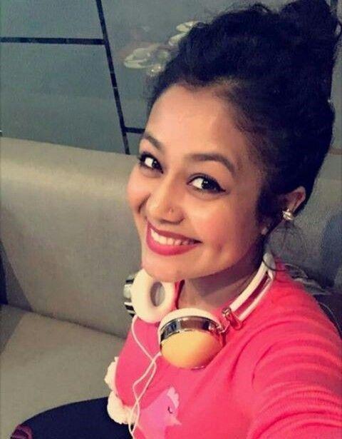 Home Lifestyle Blog India Neha Kakkar Dresses Neha Kakkar Celebrities
