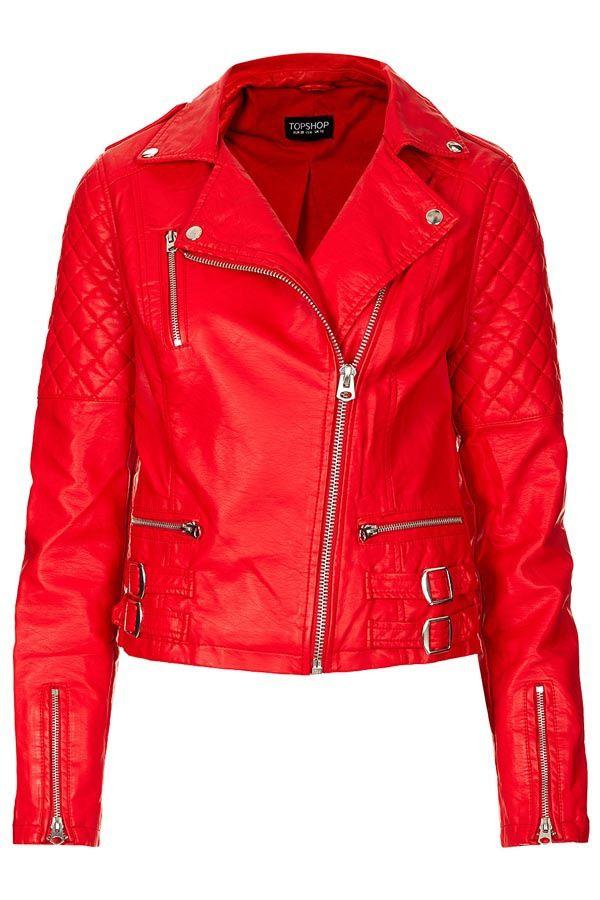 ¿La prenda clave que reinventará tu look? ¡Biker jacket a color!  http://www.glamour.mx/moda/shopping/articulos/chaquetas-tipo-motociclista-moda-tendencias-look-street-style/1560