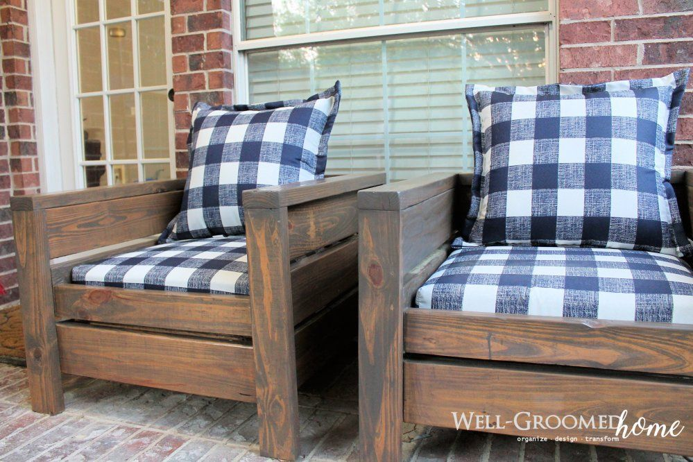 DIY Patio Chairs from Ana White's Plans furchairs #woodpatiochairs #woodpatiofurniture #patiobench #palletpatio #diypallet #gardenchairs #diyoutdoorfurniture #patiodiy #anawhite