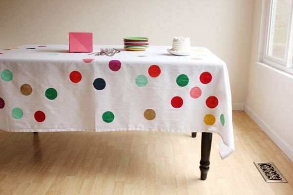 freezer paper stenciled white table cloth.