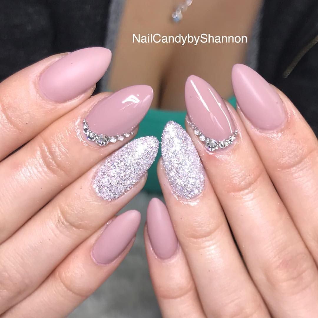130 Likes 9 Comments Vibrating Gratitude 24 7 Nailcandybyshannon On Instagram Engagement Party Nails For Bodyb Nails Party Nails Nail Designs