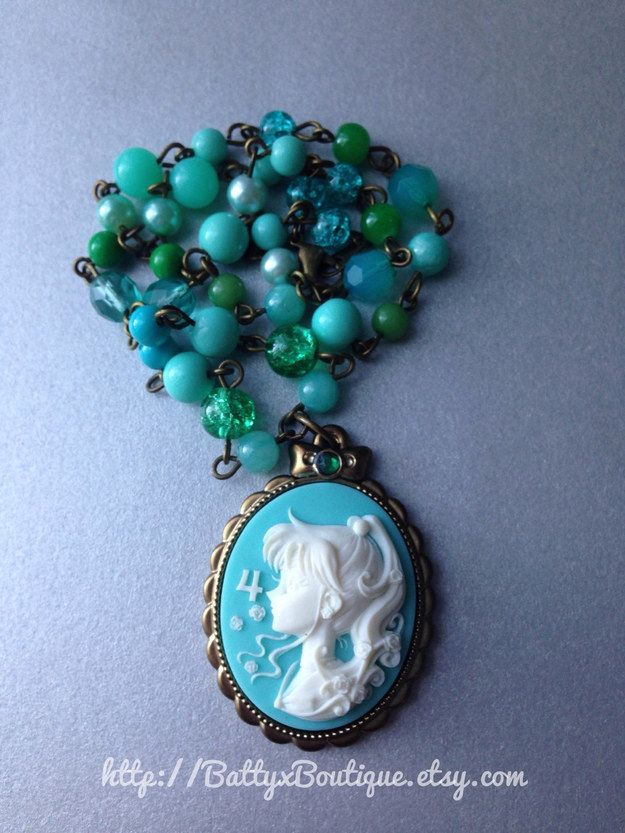 Sailor cameo necklace