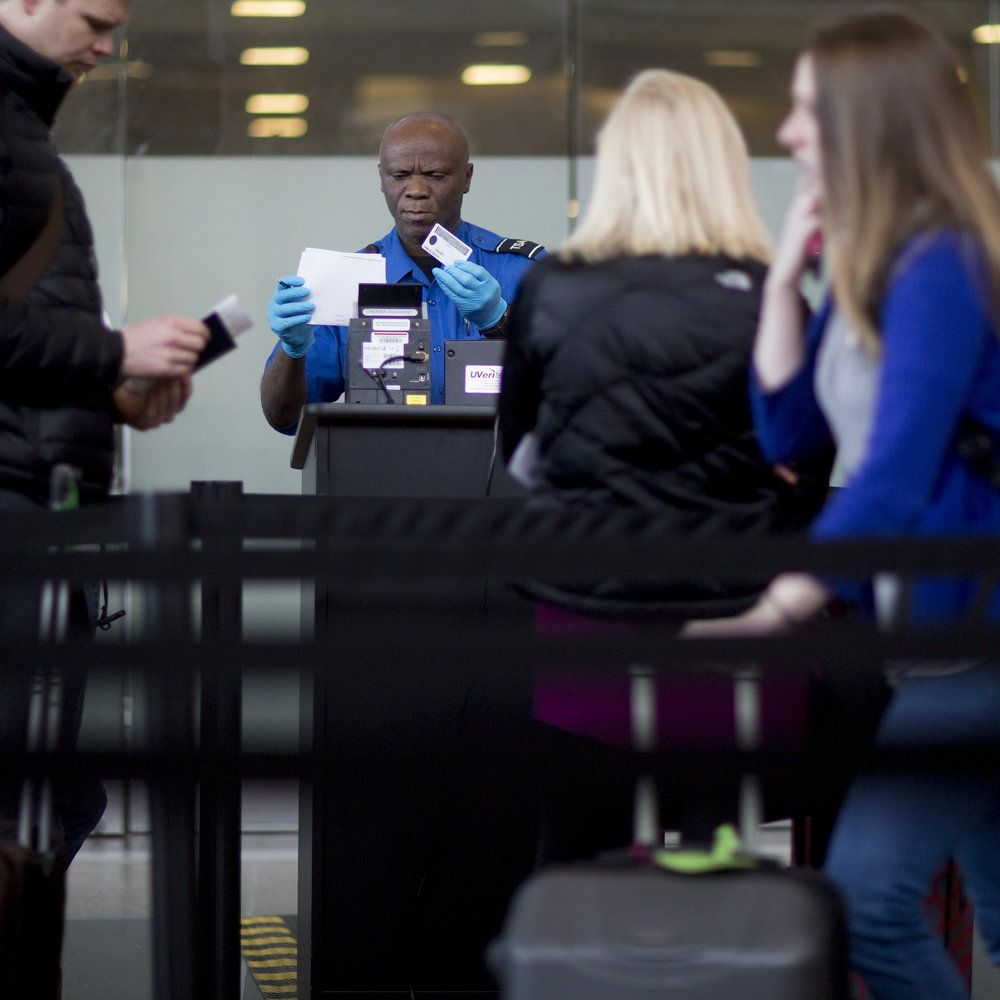 Beginning Jan. 22, 2018, travelers from nine states will no longer be able to travel with only their driver's licenses.