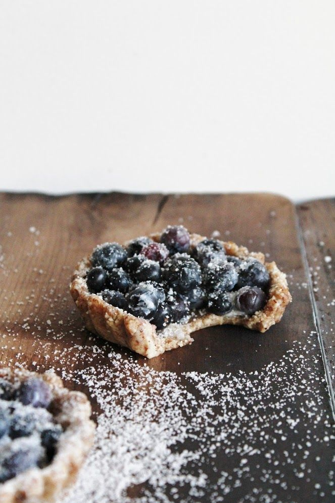 raw, vegan, gluten-free, simple blueberry tarts for two ❤ this rawsome vegan life