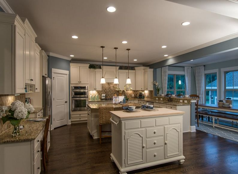 Make your own cabinetry and lighting choices in your personalized kitchen design pulte homes - Pulte home design center ...