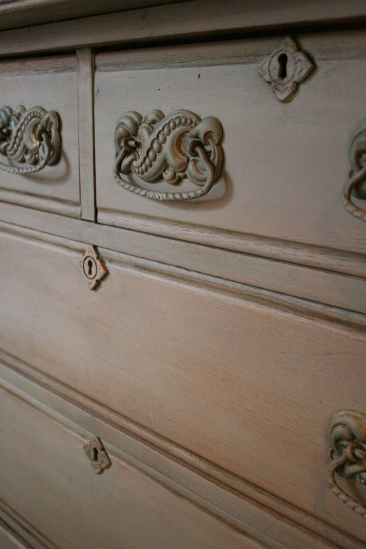 Diy grey washed dresser tutorial chalk paint wax were used to get