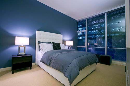 Dormitorio azul oscuro pinteres for Combinacion de colores para interiores