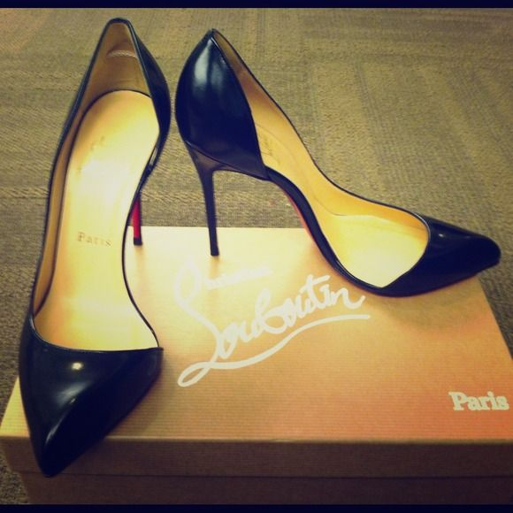 "Spotted while shopping on Poshmark: ""Christian Louboutin Black Shoes""! #poshmark #fashion #shopping #style #Christian Louboutin #Shoes"