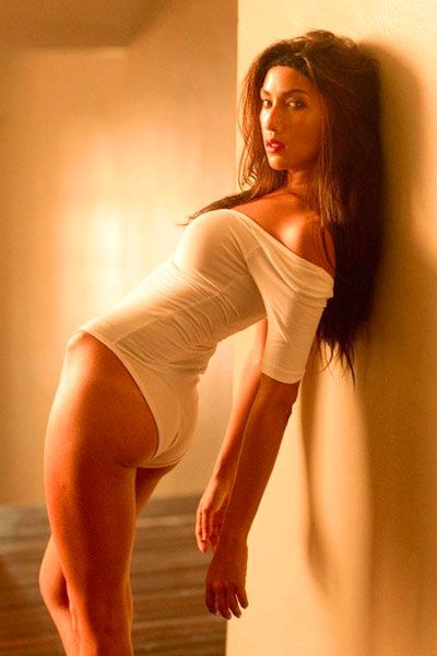 Oriental beautiful women tits