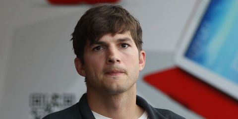 Ashton Kutcher Is Testifying Against the Serial Killer Who Allegedly Murdered His Ex-Girlfriend