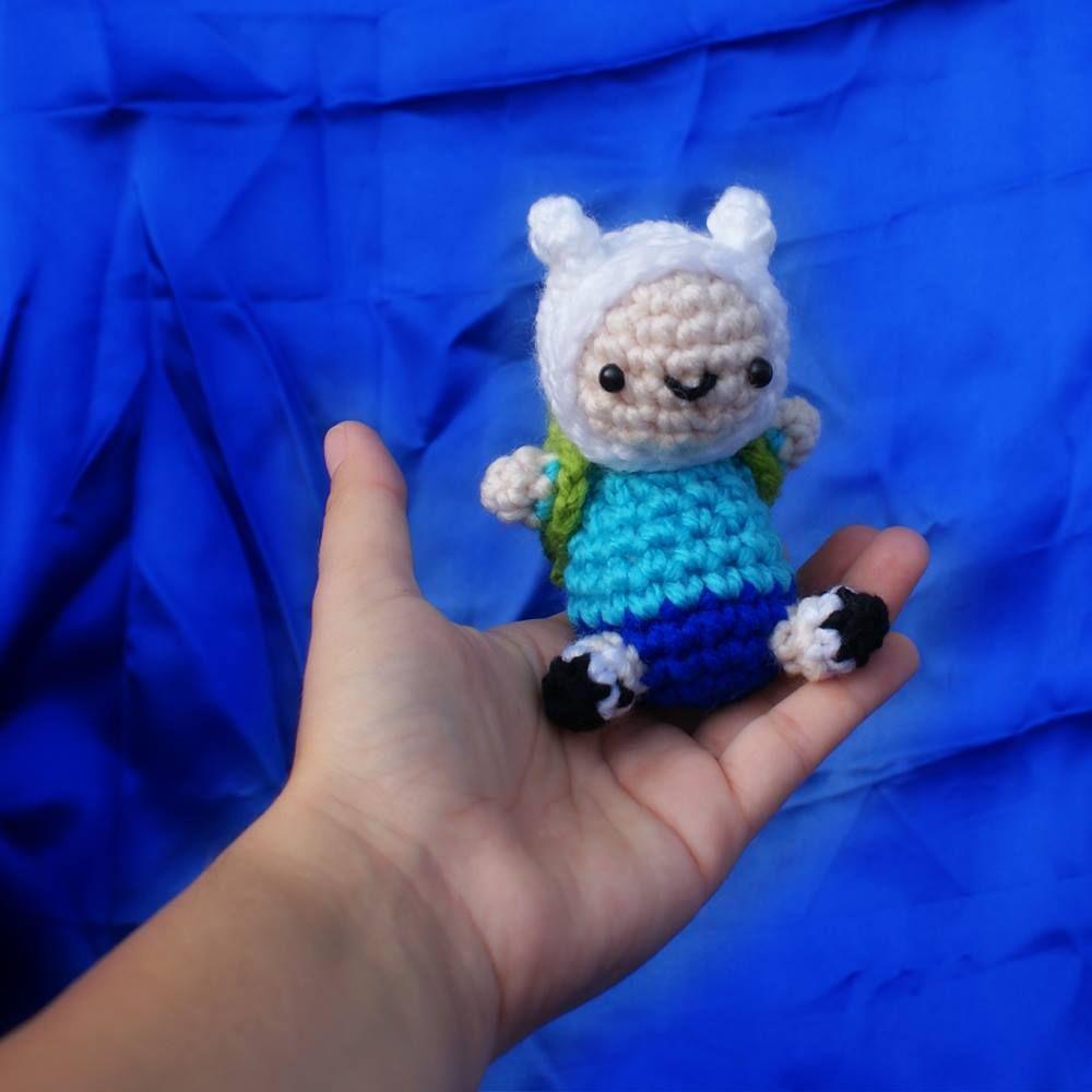 Patrón gratis. Amigurumi de Finn, tan adorable y pequeño que lo ...