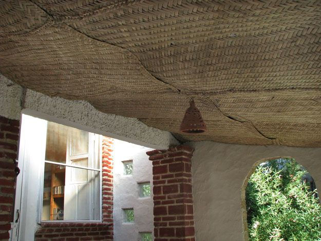 Use Wire Mesh Ceiling Insulation Ceiling Interior Design Boards