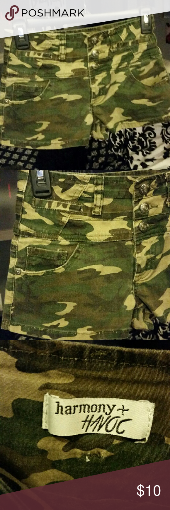 Camo high waisted shorts Camo high waisted shorts worn once, two small for me harmony + havoc  Shorts