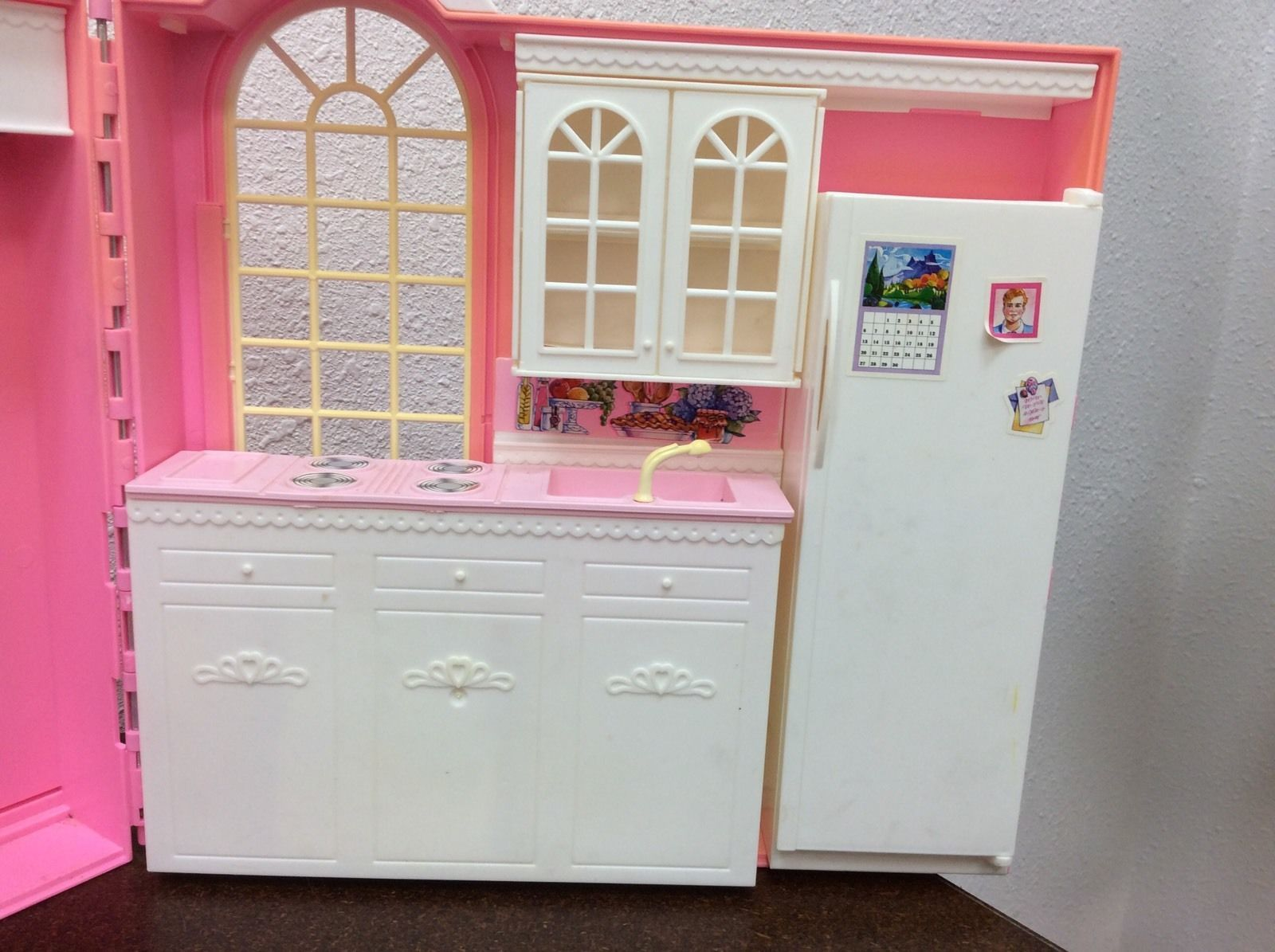 1998 MATTEL BARBIE MAGIC KITCHEN 18900 with accessories Instructions ...