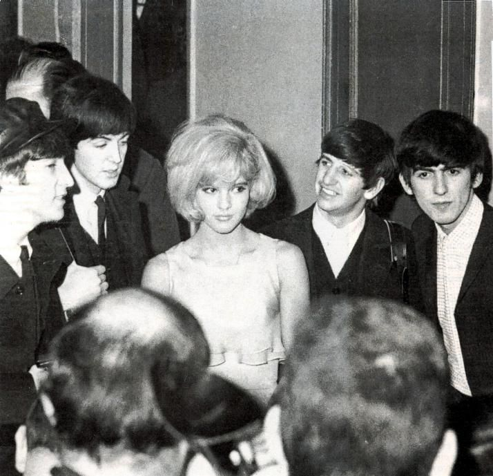 Los Beatles Con Sylvie Vartan Paris 1964