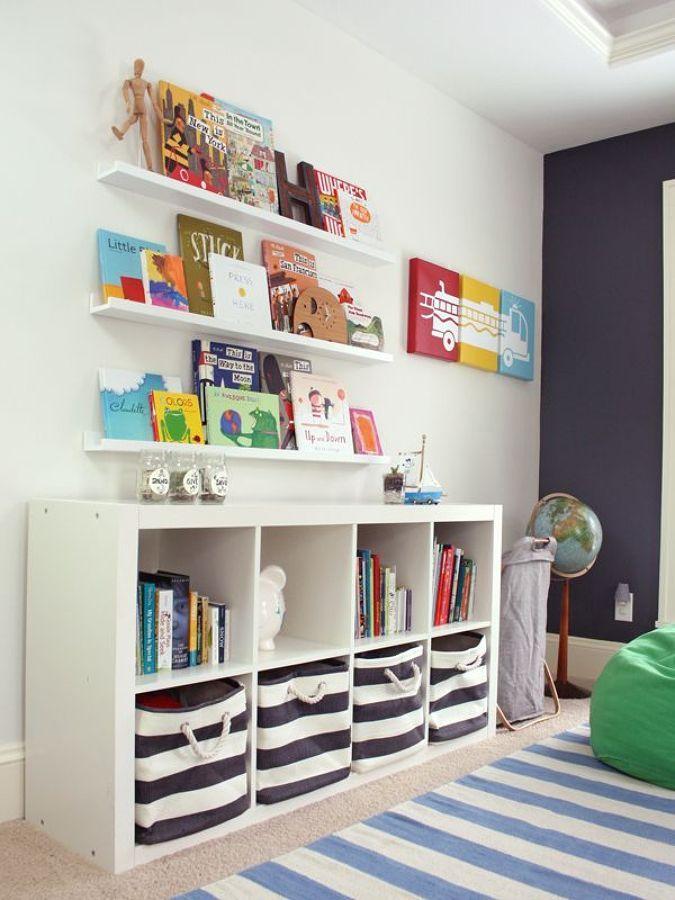 Zona de juegos con estantería de ikea | Decoración infantil ...