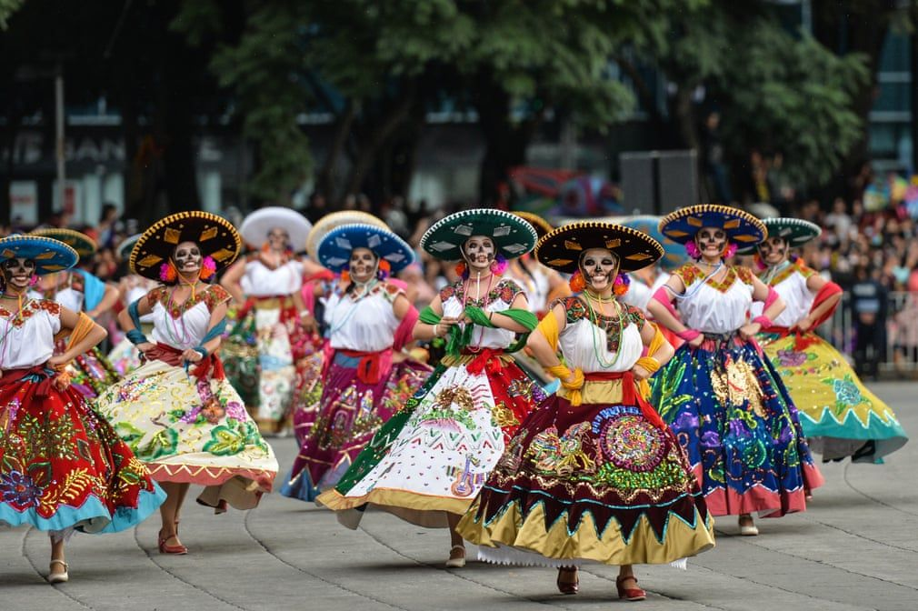 Mexico City S Day Of The Dead Parade 2018 In Pictures Mexico Culture Mexico Day Of The Dead Mexico People