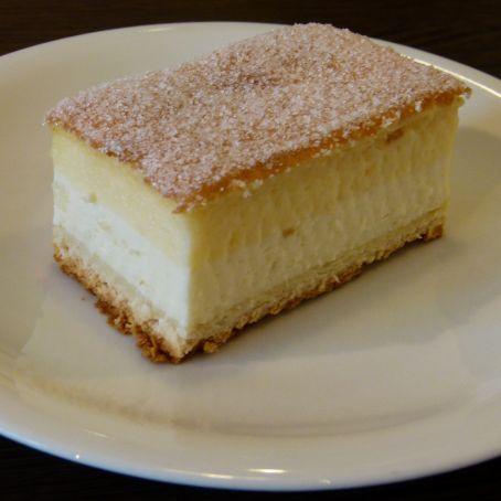 Dresdner Eierschecke - Kuchen ohne Boden mit Quark und Vanillepudding