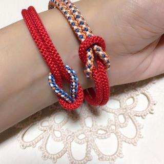 3ページ目)組紐の作り方は、その名の通り糸を丁寧に組み合わせ