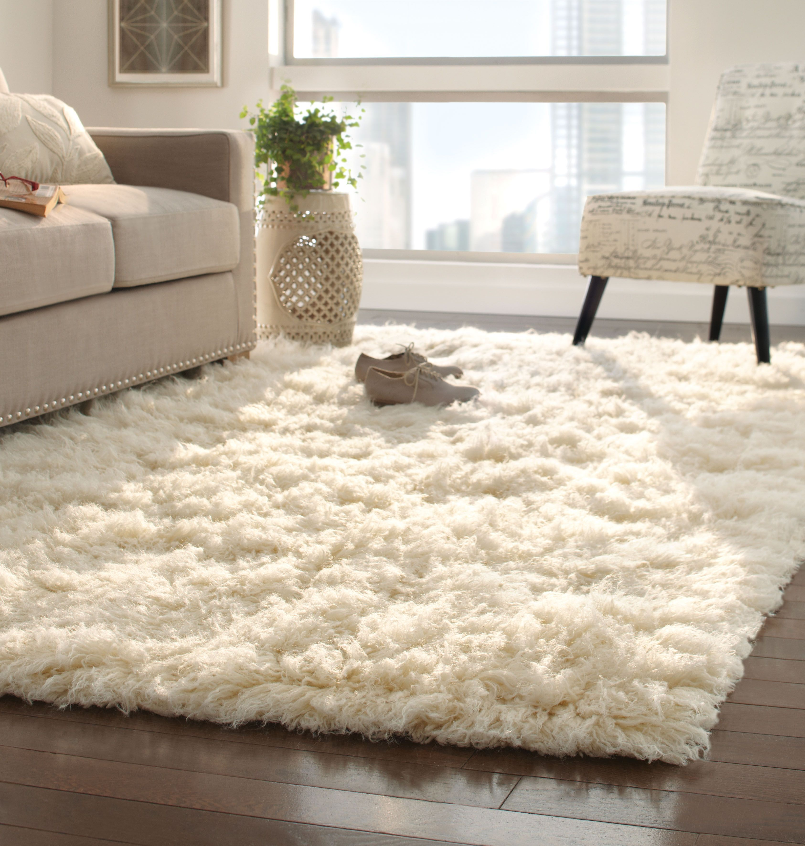 Major Fluffy Softness Going On Here Can T Get Enough Of A 100 New Zealand Wool Rug Its Softness Comes From Being Washed Haus Deko Flauschiger Teppich Dekor