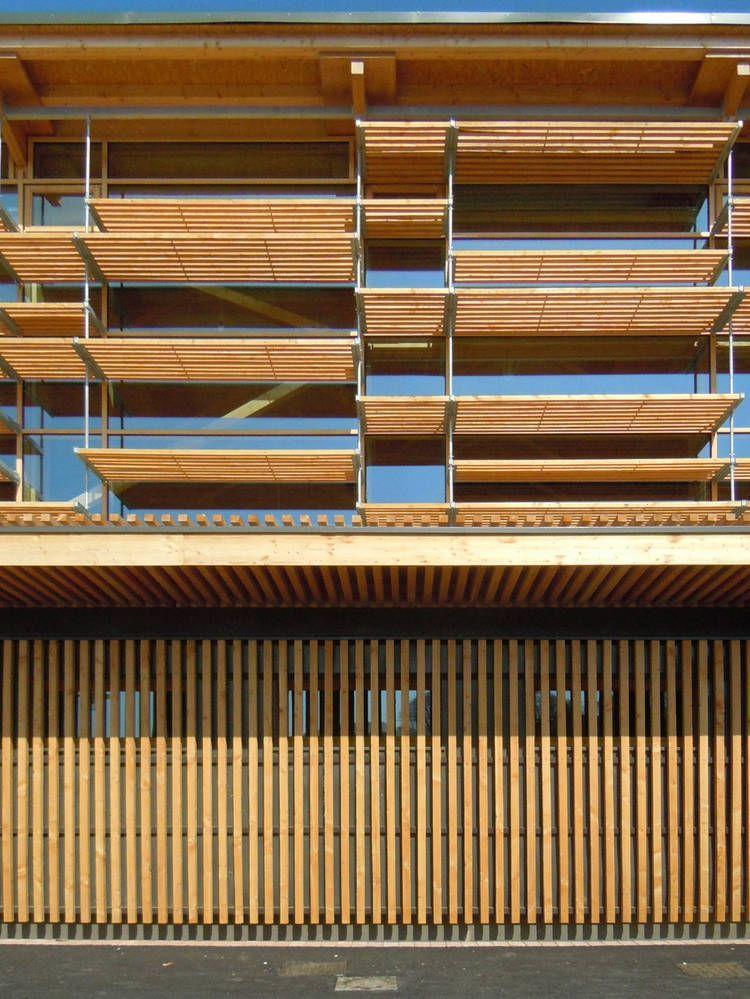 parasoles fachada sur - Buscar con Google Fachada de celosias - fachada madera