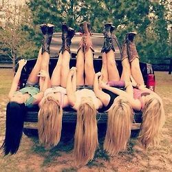 """Country best friends"""".. I wish I had good friends like this and I was actually that skinny ...."""