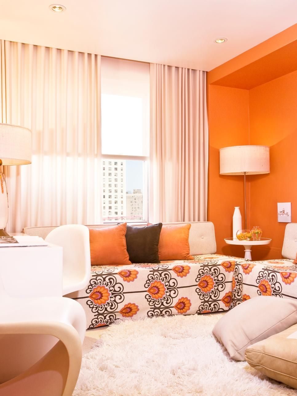 Small Living Room Design Ideas And Color Schemes Small Living Room Decor Small Living Room Design Living Room Design Small Spaces