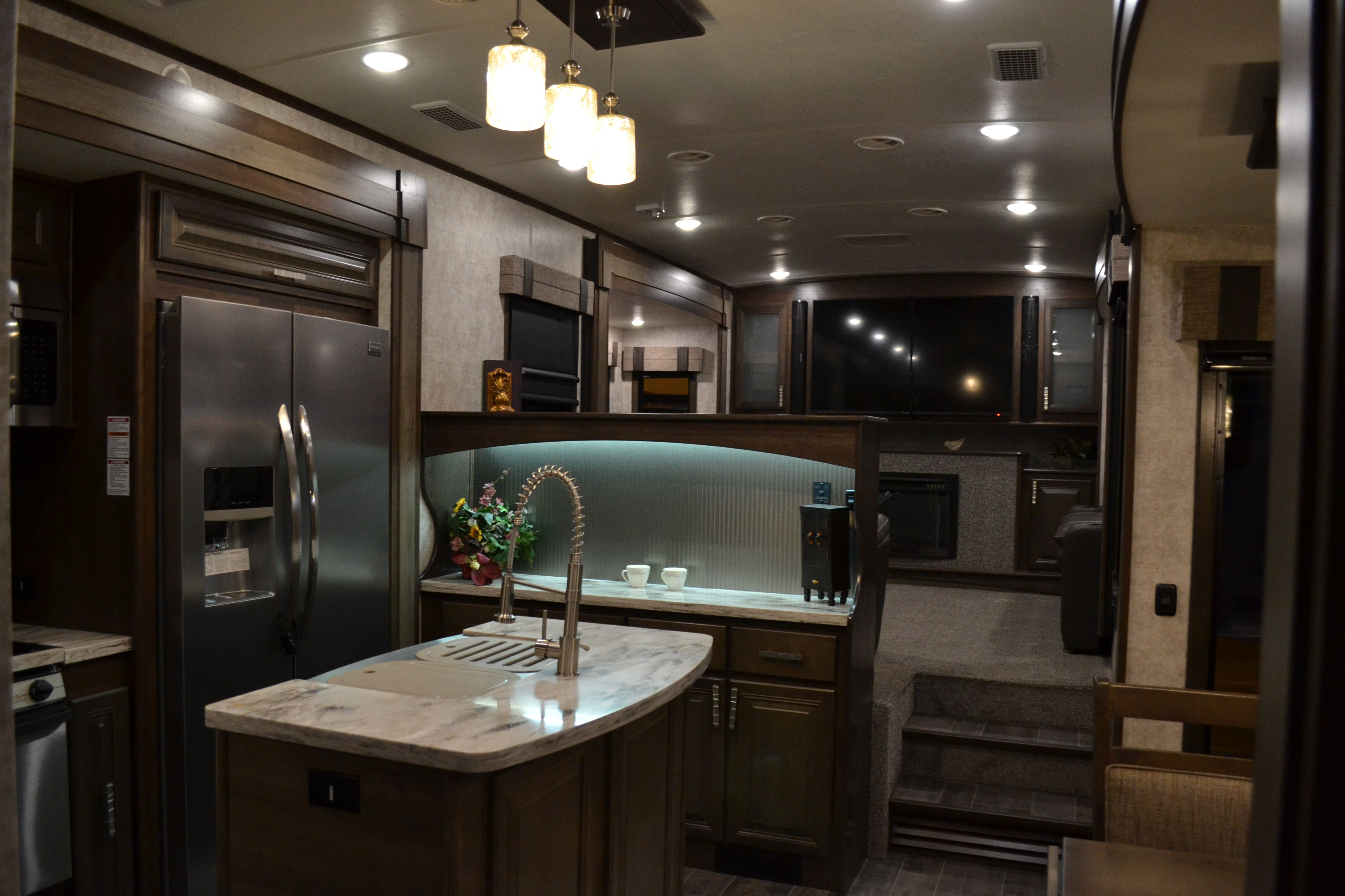 2017 Open Range 3x 387rbs Front Living Room 5th Wheel With King